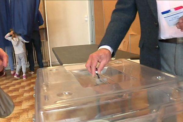 La Gironde mobilisée également pour choisir les députés pour le Parlement Européen.