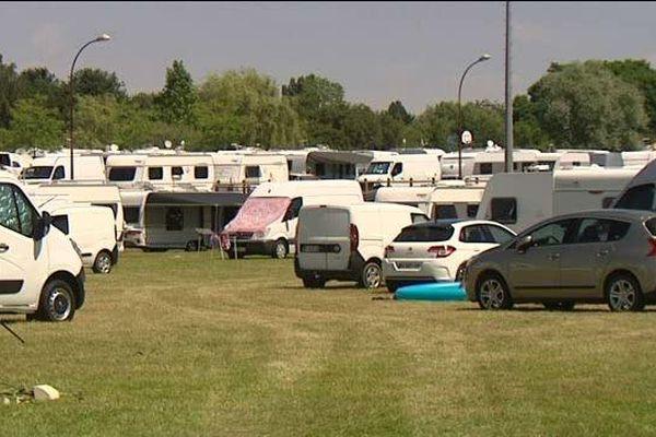 200 caravanes de gens du voyage s'installent dans un complexe sportif près de Nancy