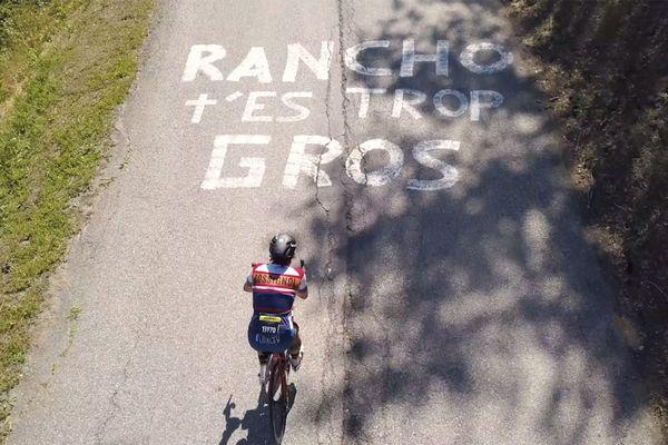 Les encouragements ne manquent pas pour Rancho sur la route du Tour !