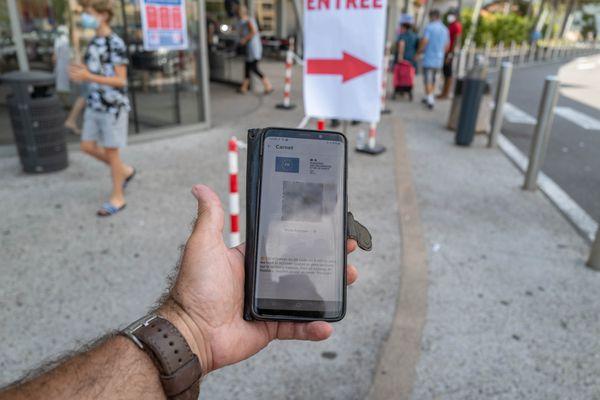 L'obligation de pass sanitaire sera levée dans les centres commerciaux d'Isère, de la Loire et de la Haute-Savoie le 8 septembre 2021.