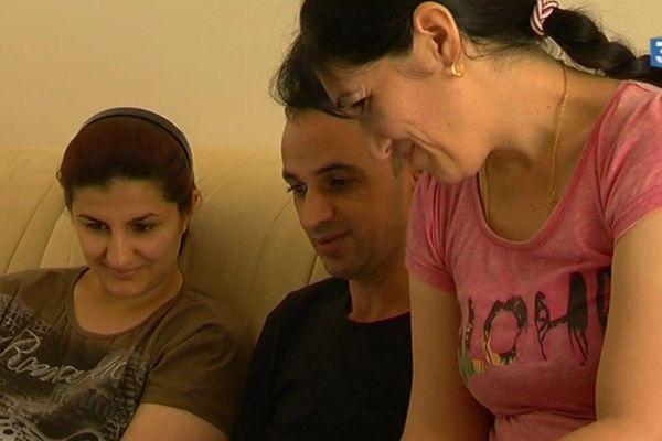 Mona et Ammar et leur famille ont du fuit l'Irak en 2014