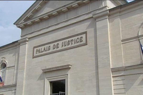 Le Palais de Justice de Lons