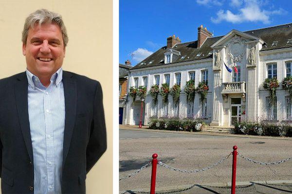 Le maire sortant Eric Picard est réélu avec 56.14% des voix.