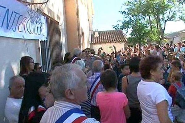 Saint-Just (Hérault) - le maire et les parents d'élèves réclament une classe supplémentaire - 2 septembre 2014.