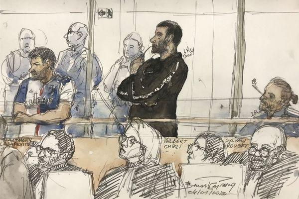 """Un dessin représentant Gilbert Chikli (au centre) and Anthony Lasarevitsch (premier à gauche) lors du procès de l'escroquerie des """"faux Le Drian"""". Palais de justice de Paris ce 4 février 2020"""