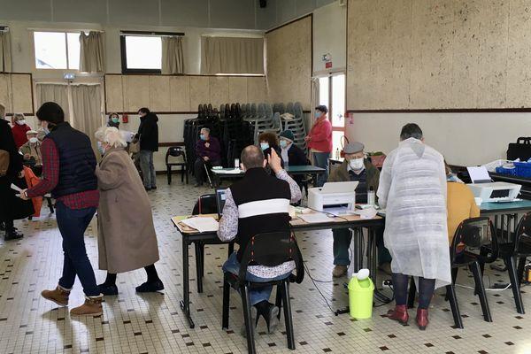 Le centre de vaccination temporaire est ouvert ce dimanche 14 février entre 14h à 18h.