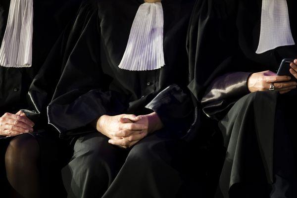 ILLUSTRATION / Les avocats sont en première ligne durant la crise