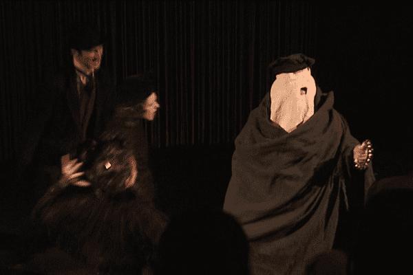 La Compagnie Procédé Zèbre a donné plusieurs représentations de sa nouvelle création Elephant Man au Lycée Mme de Staël de Montluçon.