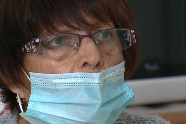 Eliane Di Litta, une habitante de Tarare à la retraite, déclarée décédée, se bat pour récupérer ses pensions depuis avril dernier. (29/9/20)