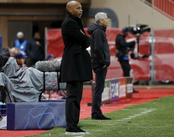Thierry Henry, entraîneur de l'AS Monaco  et Lucien Favre, entraîneur du Borussia Dortmund.