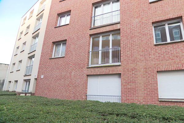 C'est dans cet appartement au rez-de-chaussée que les trois corps ont été découverts