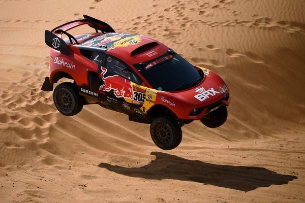 Le buggy de Sébastien Loeb et Daniel Elena au Dakar-2021.