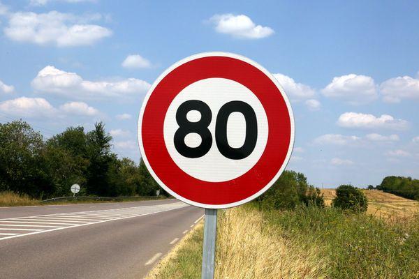 La limitation à 80 km/h sur la majorité des routes secondaires a été mise en place en juillet dernier.