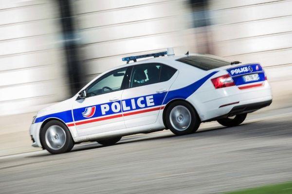 Deux mineurs ont été placés en garde à vue pour avoir tenté d'incendier des voitures vendredi soir à Bastia.