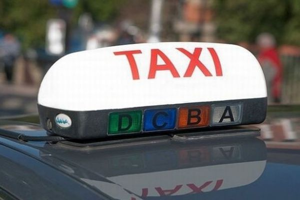 Les taxiteurs en grève le 10 janvier 2013 - archives