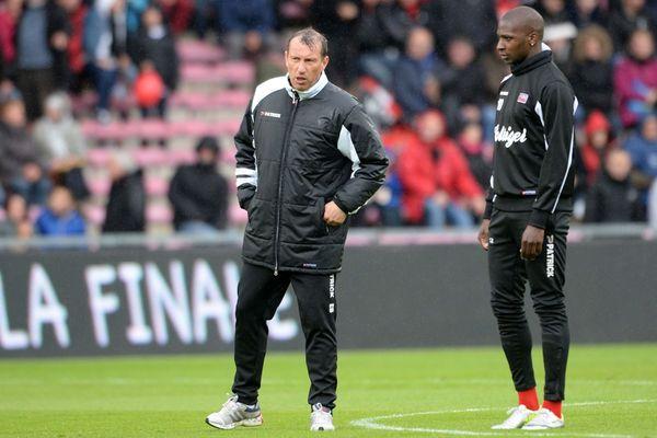 Passé par Guingamp comme entraîneur adjoint, Eric Blahic devient le bras droit de Corinne Diacre. Ici au Roudourou, en avril 2014