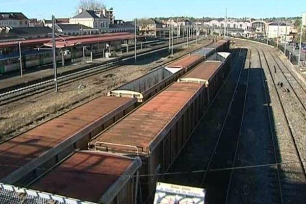 Le jeune homme de 20 ans avait été électrisé alors qu'il se trouvait sur le toit d'un wagon en gare de Vichy. En septembre 2011.