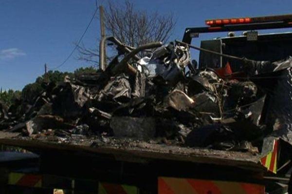 Les reste du petit hélicoptère dans lequel un drômois expérimenté de 50 ans a été tué