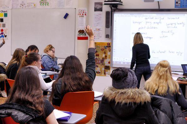 Pour éviter la fermeture d'une classe du collège de sa commune, le maire d'Écouché-les-Vallées dans l'Orne avait décidé en juillet 2021 de mettre une annonce sur Le Bon Coin.