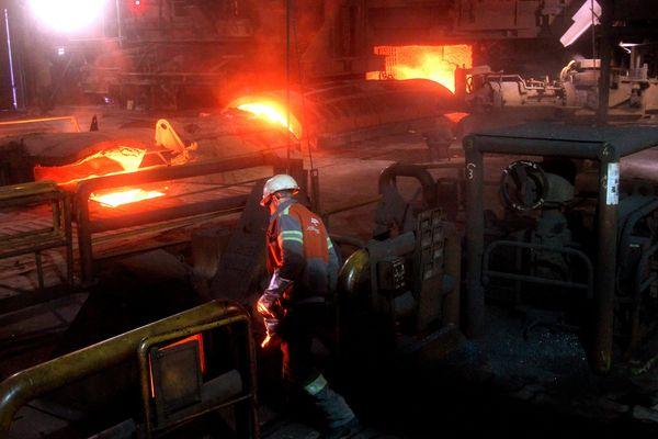 Dans les fourneaux d'Arcelor Mittal de Fos-sur-Mer