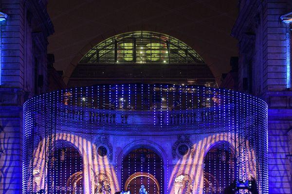 Les hôtels de Lyon font grise mine devant de très nombreuses annulations de réservations en pleine période de la fête des lumières, liées aux grèves dans les transports en commun et à la SNCF. Photo d'archive.