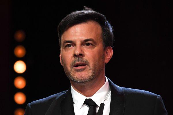"""François Ozon au Festival du film de Berlin """"Berlinale"""", reçoit le Grand Prix du Jury pour son film polémique Grâce à Dieu, le 16 février 2019."""