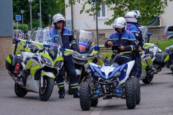 Les services de police mènent des opérations ponctuelles anti-rodéos