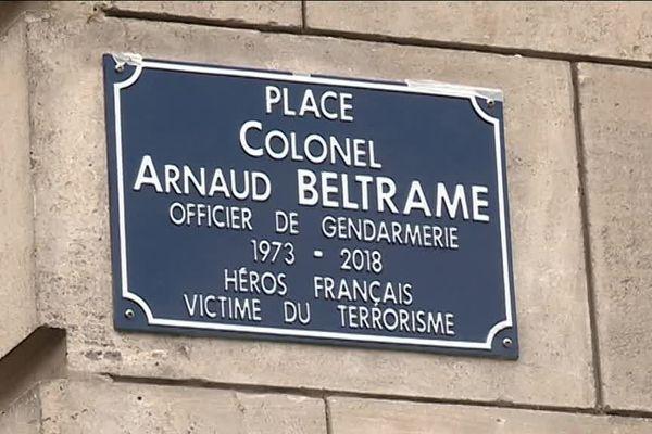 """La nouvelle place Arnaud Beltrame, """"héros français"""", a été inaugurée à Tours ce 24 mars."""