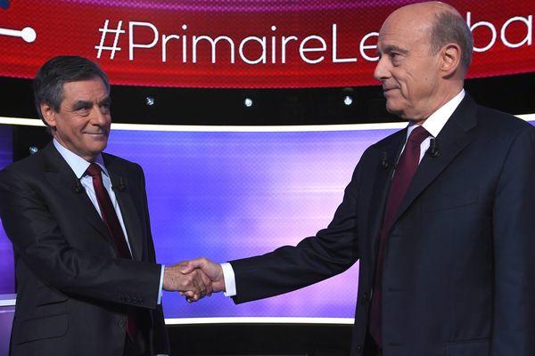 François Fillon et Alain Juppé à l'occasion du débat télévisé du 24 novembre 2016