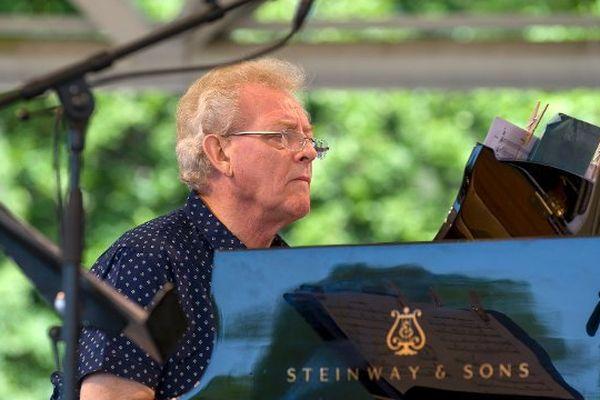 John Taylor lors du festival Paris Jazz le 7 juin dernier.