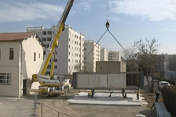 Habitat et Humanistme : des containers en cours d'installation - 17/3/15