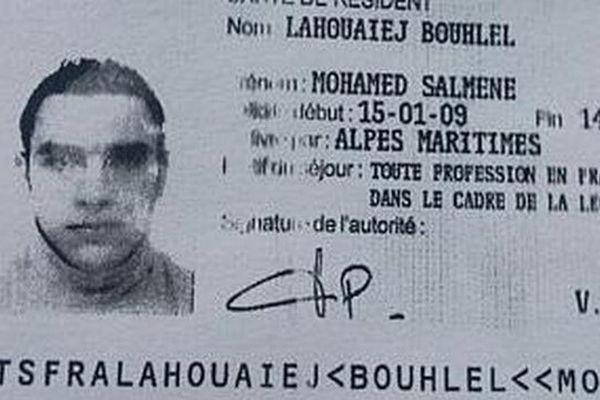 Une photocopie du permis de résidence de Mohamed Lahouaiej-Bouhlel, publiée le 15 juillet 2016.