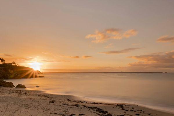 Lever de soleil sur Trégana