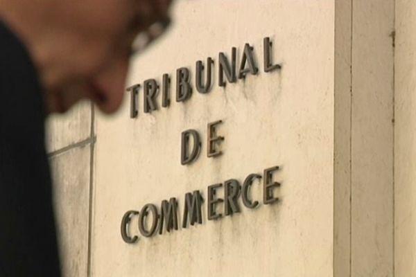 Le tribunal de commerce de Rouen doit rendre sa décision cet après-midi au sujet des repreneurs de Pétroplus.
