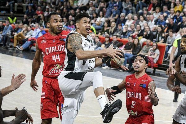 Le match aurait pourtant pu tourner à leur avantage. Chalon-sur-Saône a mené une bonne partie du match.