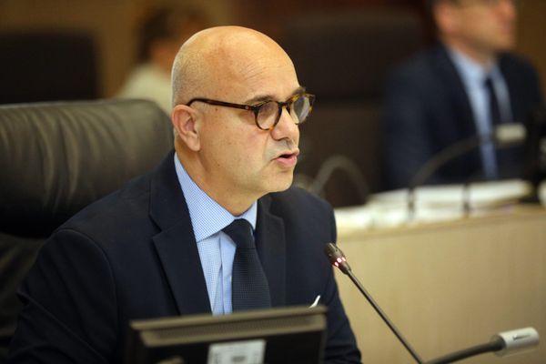 Nicolas Perruchot au conseil départemental le 15 juin 2020. / © Jérôme Dutac/ La Nouvelle République / MAXPPP