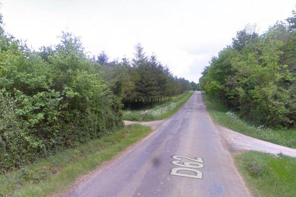 La départementale 62 à Cellefrouin en Charente.