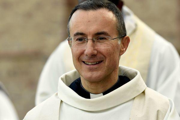 Jean-Pierre Vuillemin, curé doyen à Epinal, est nommé évêque auxiliaire de Metz, conjointement par le Pape et le Président de la République, selon la règle du Droit local d'Alsace-Moselle.