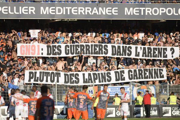 Le dimanche 3 février, les montpelliérains seront privés de leurs supporters. Une décision regrettée par le MHSC, même si le club appelle à respecter l'interdiction de déplacement prise par arrêté par le Ministère de l'Intérieur. / Illustration d'un match entre Montpellier et Nîmes au Stade de la Mosson, le 30 septembre 2018.