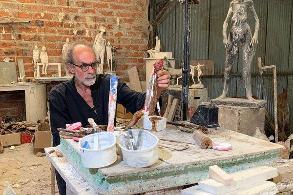 L'atelier de Marc Petit est à Bosmie l'Aiguille, près de Limoges.