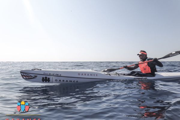 Le sportif Stephan Plana a dû revoir son itinéraire de route entre Calvi et Monaco pour réaliser son défi en kayak.