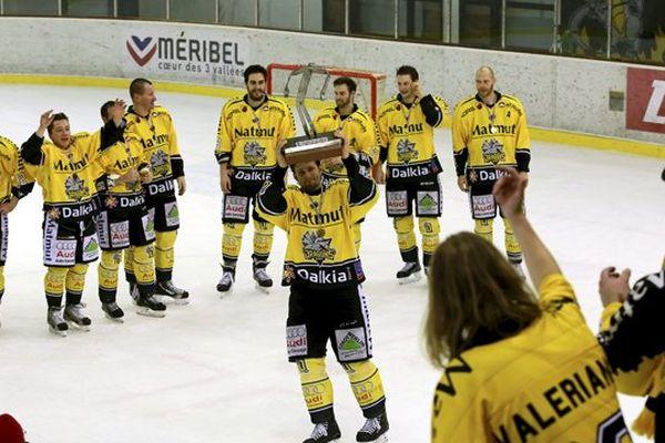 Le RHE  a remporté pour la quatrième fois la Coupe de la Ligue.