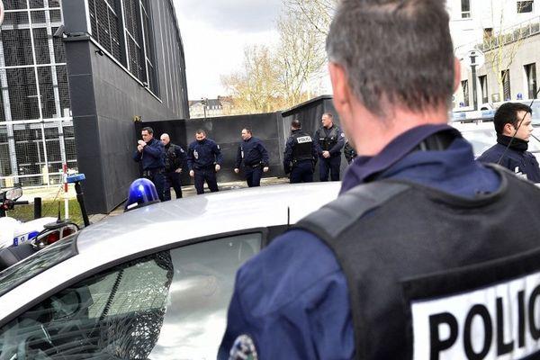 Illustration. Deux Vésuliens ont été victimes de la fusillade dans le Var : une personne décédée et un gravement blessés.