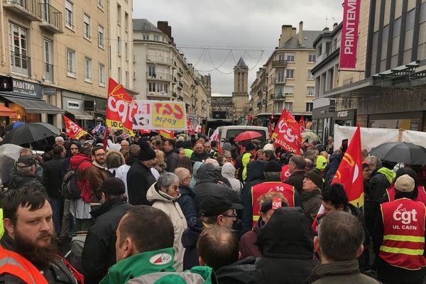 Manifestation du 9 janvier 2020 : le cortège s'élance dans les rues de Caen