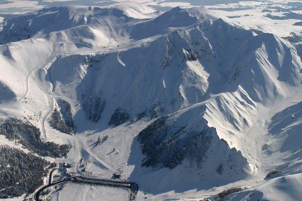 Chutes de neige, températures négatives et vents violents: l'hiver perdure dans le massif du Sancy (photo d'illustration).