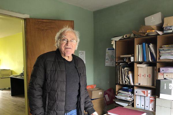 En 33 ans de mairie, Raymond Claudel a notamment dû attirer des jeunes.