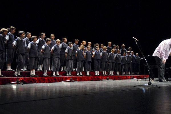 Les Petits Chanteurs de Saint-Marc tirent leur révérence.