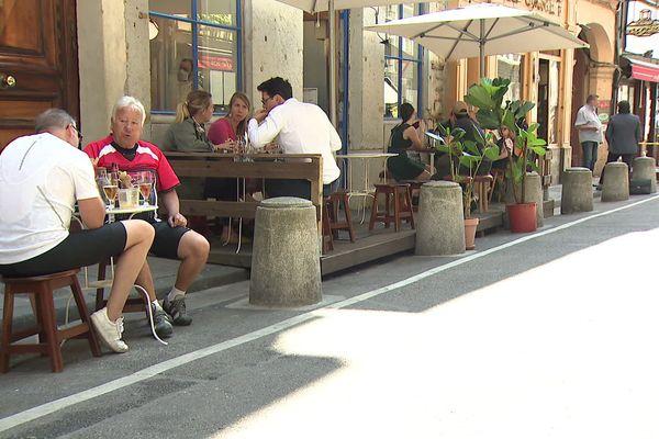 Le 2 juin, les restaurants ont pu rouvrir à condition de respecter les mesures de distanciation sociales.