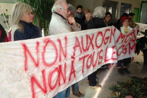 Les Faucheurs Volontaires d'OGM dans les locaux du siège de Dijon-Céréales - Lundi 28 Novembre 2016