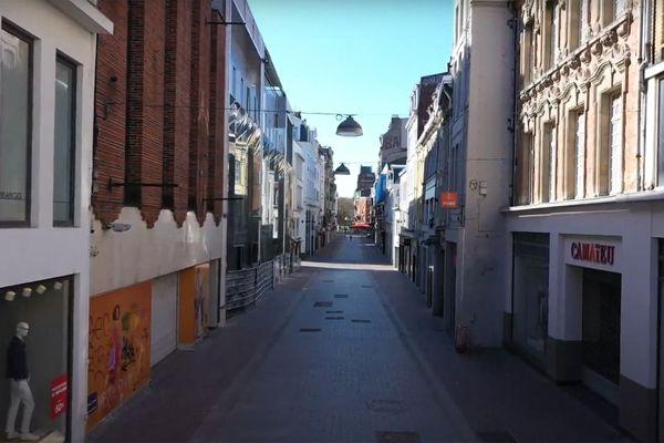 Rue de Béthune à Lille. Bientôt un retour des clients ?